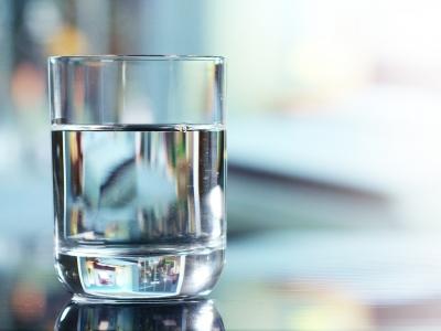 Никой не може да живее без вода, въпреки това не знаем много за водата.